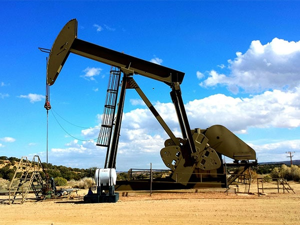 Oil-Service-Slider