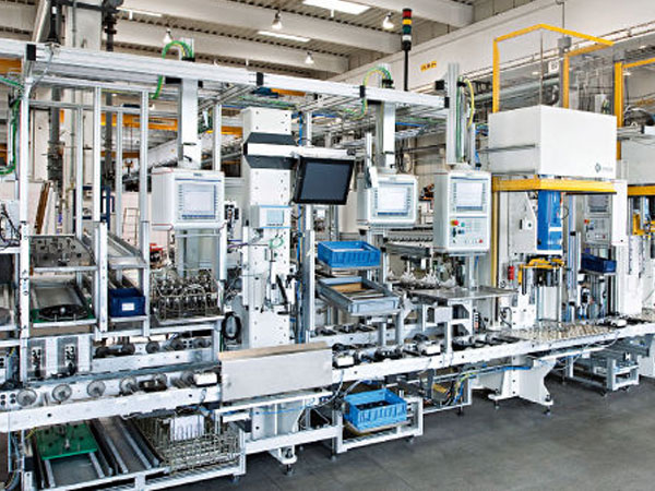 Manufacturing-Industry-Slider-Cleaning-Automation