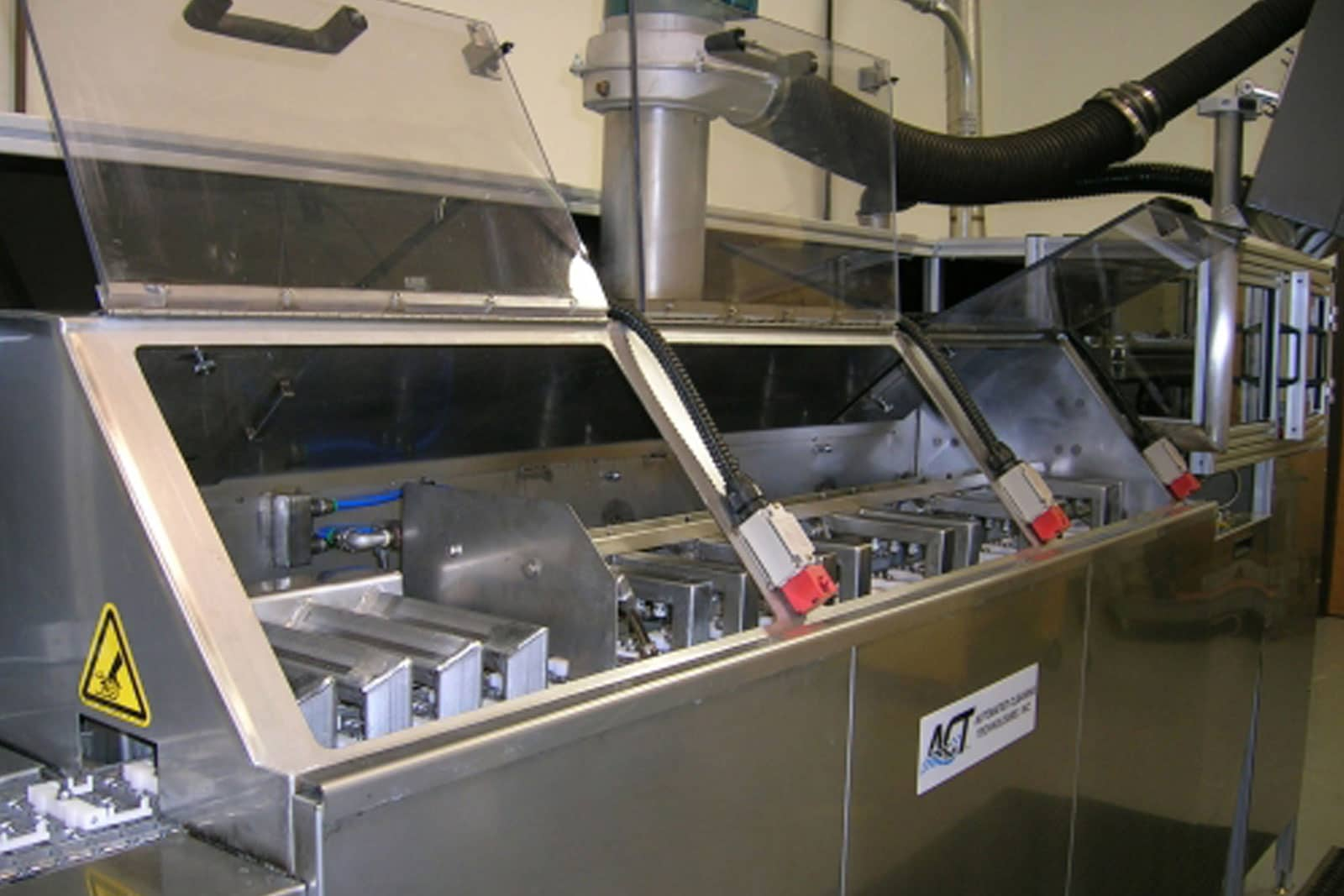 Robotic Pick Place Conveyor Cleaning Systems